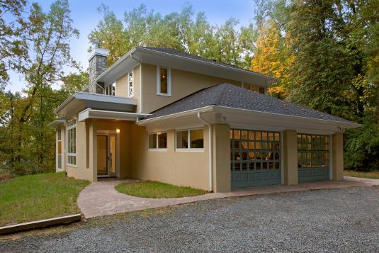 Fairfax, VA Contemporary Custom Home